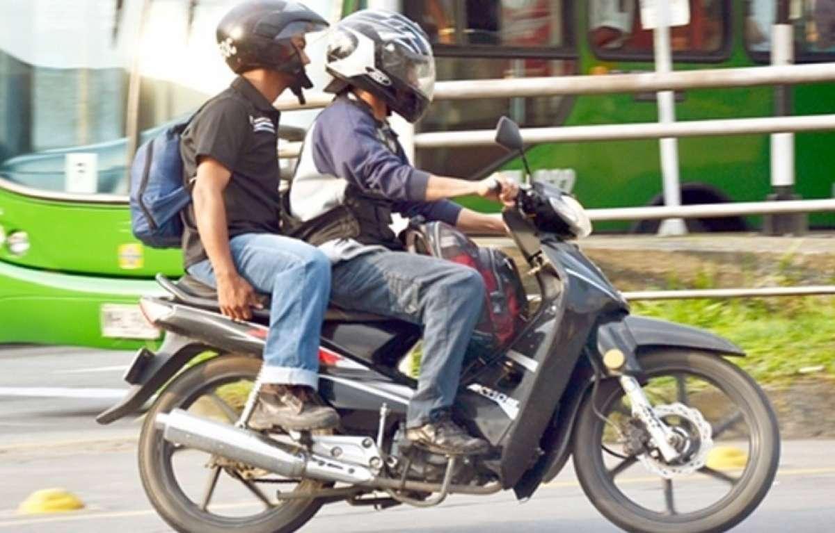 Prohiben la circulación de motociclistas con parrillero en Rionegro