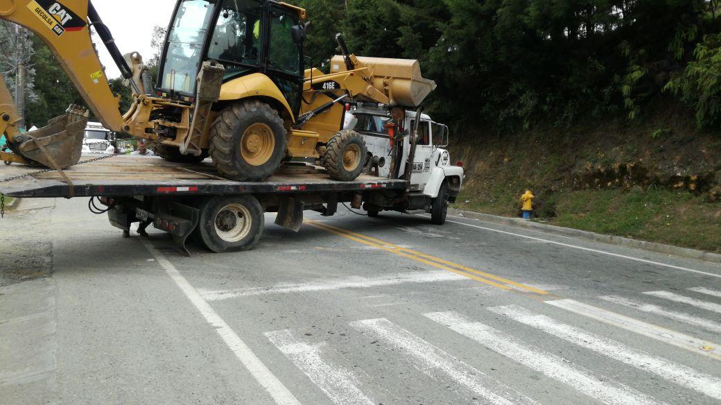 Caos vehicular esta mañana en la vía El Retiro – Medellín