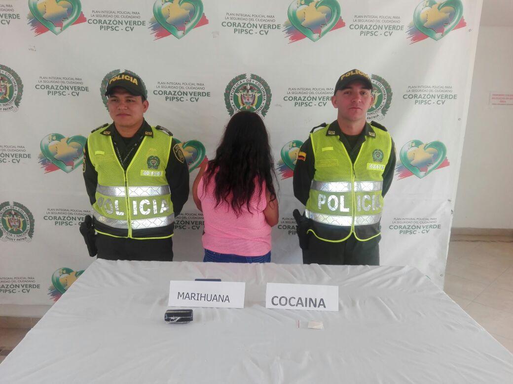 Una mujer fue capturada tratando de ingresar alucinógenos a la cárcel