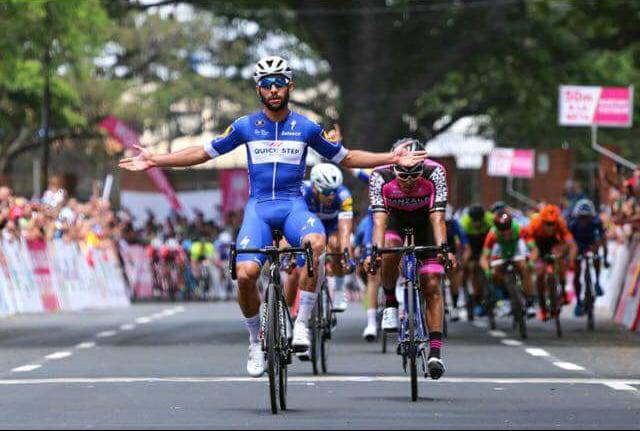 Fernando Gaviria se retira del Tour de Francia