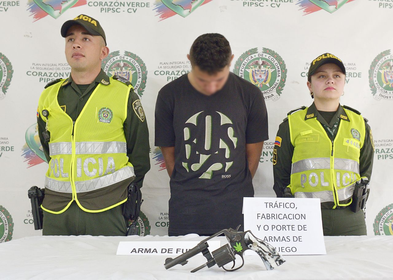 Capturado con arma de fuego en el barrio Maderos