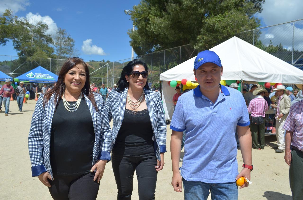 Fallece integrante del dueto Las Alondras