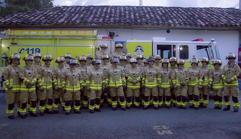 Bomberos de Rionegro recibe dotación e impuesto bomberil