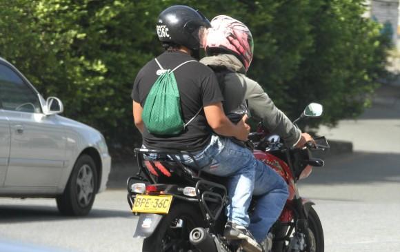 Restringen parrillero en moto en Rionegro.