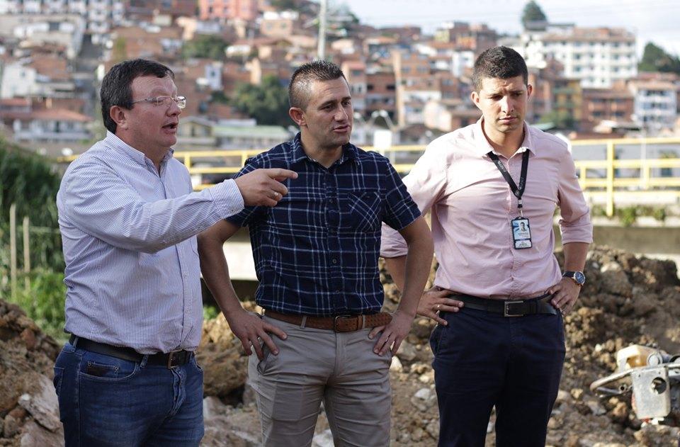 Marinilla y Cornare firman convenio para la construcción de obras de saneamiento básico