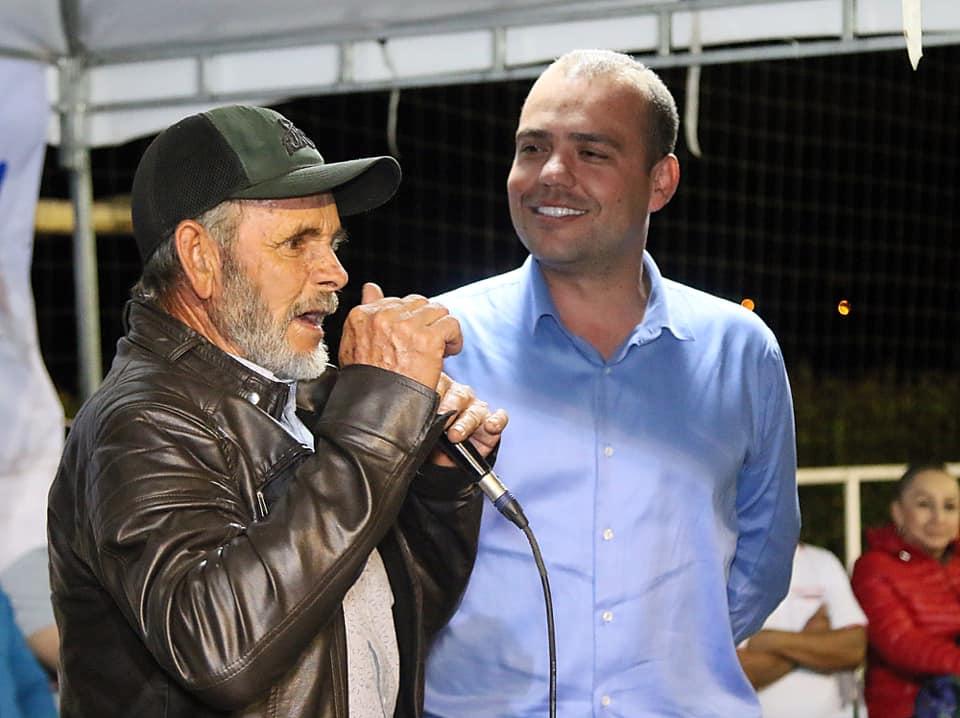 """Fernando Valencia """"Tola"""" inscribe su candidatura para la Alcaldía de Rionegro"""