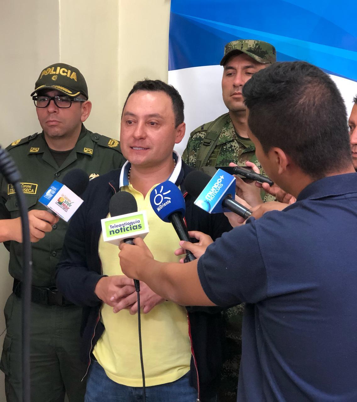 En allanamiento fueron capturadas nueve personas en La Ceja