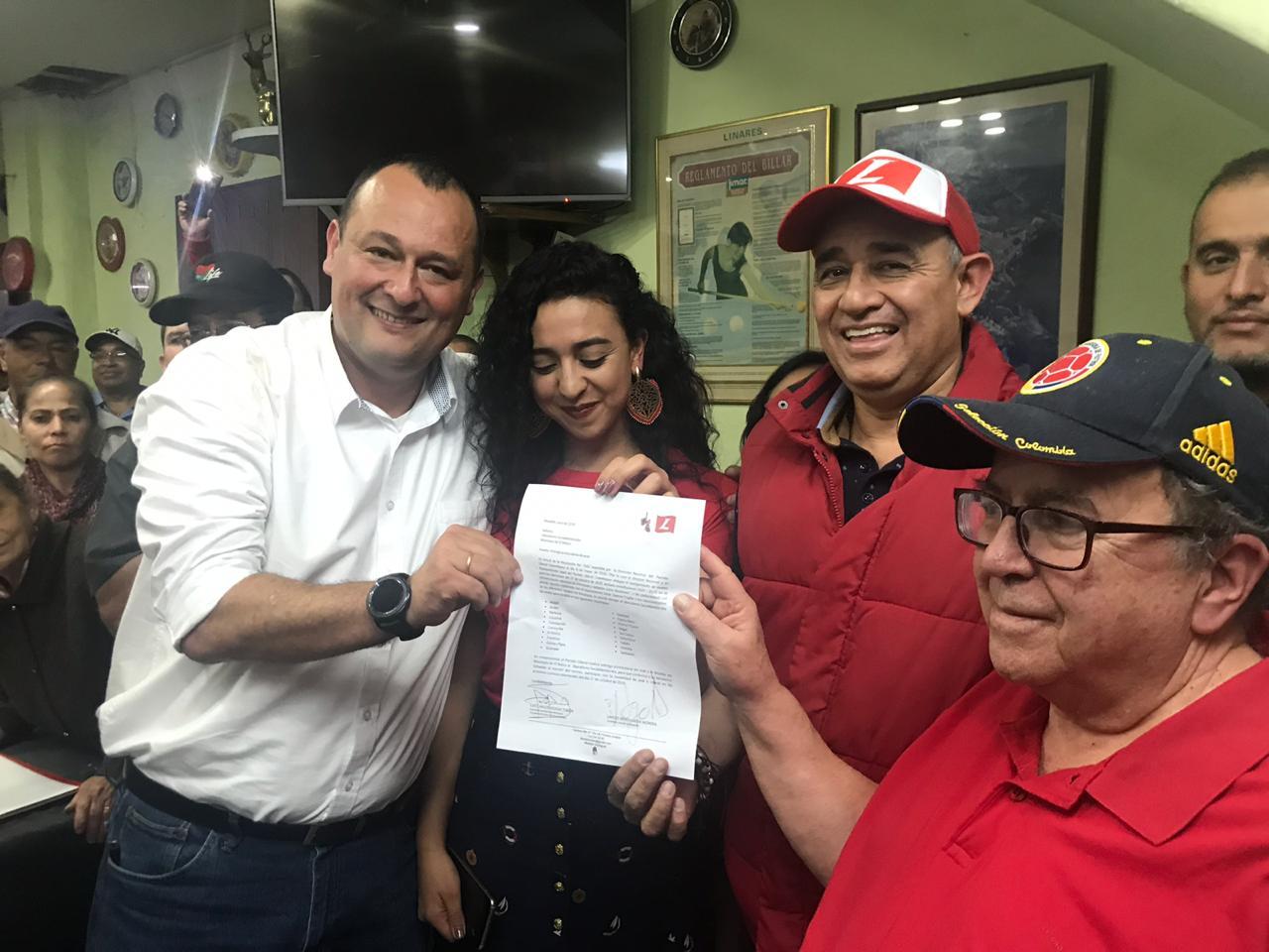 Partido Liberal entrega coaval al candidato a la Alcaldía de El Retiro, Nolber Bedoya