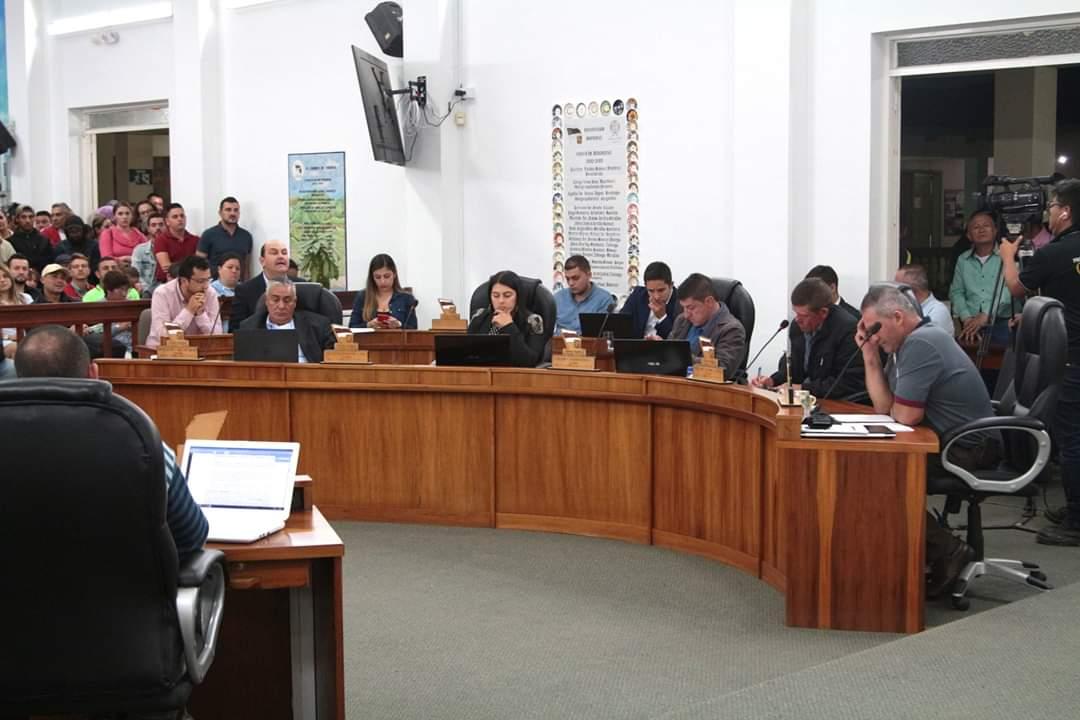 El Concejo Municipal de El Carmen de Vibora le dice NO al Área Metropolitana.