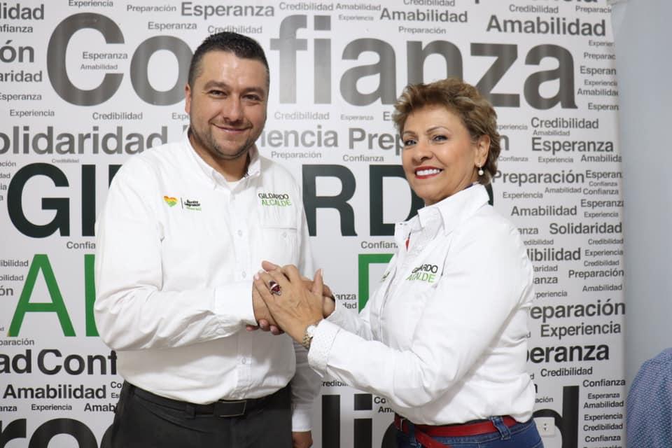 A Gildardo Hurtado candidato de Marinilla se adhirió Ángela Giraldo