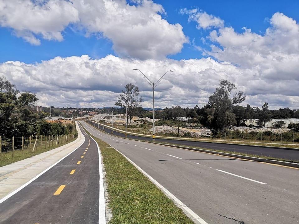 Ya está lista la primera vía financiada con valorización en Rionegro.