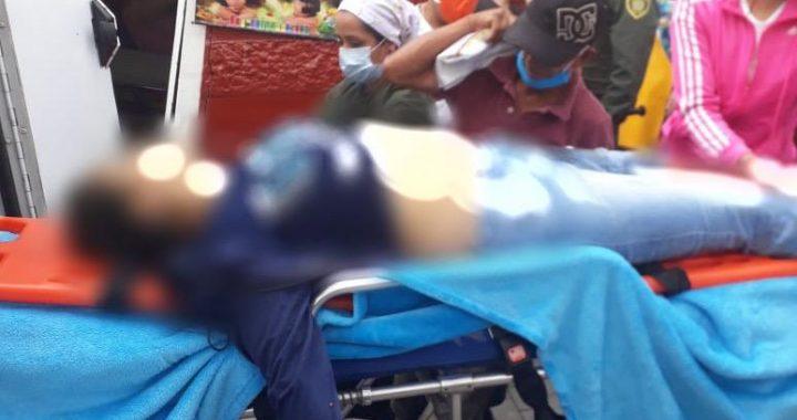 Una mujer falleció y otras dos resultaron heridas al ser arrolladas por una camioneta en Abejorral