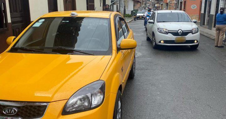 Taxistas menores de 70 años podrán conducir en La Ceja