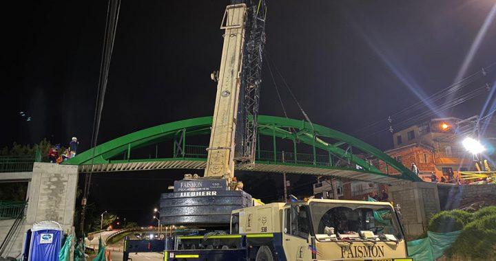 Devimed instaló nuevo puente peatonal en la autopista Medellín- Bogotá