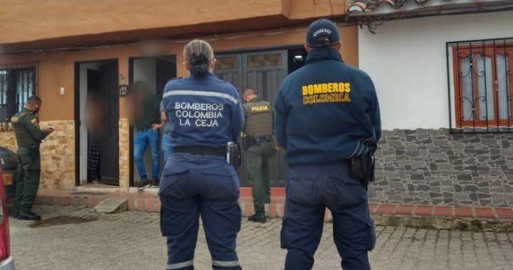 Autoridades adelantan levantamiento de un hombre tras presunto suicidio en La Ceja