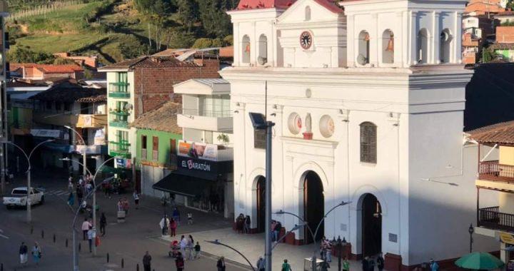 A El Santuario llegó de Medellín un caso de COVID-19