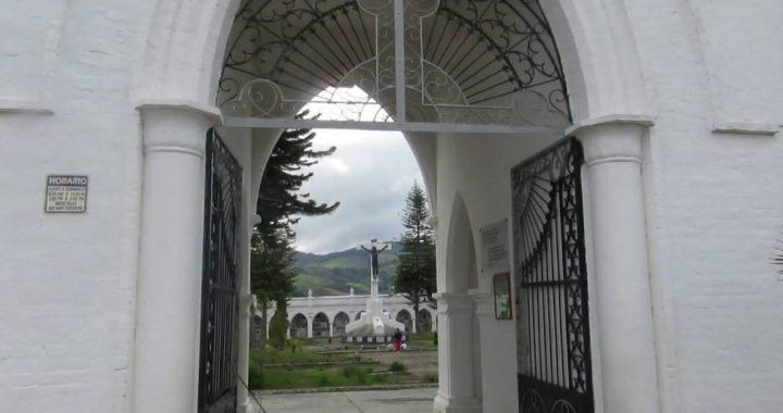 Borrachos arremetieron contra la entrada al cementerio de Sonsón para visitar a un amigo difunto