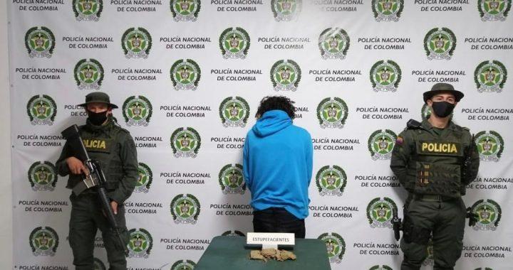 Hombre sorprendido mientras expendía marihuana fue capturado en El Retiro