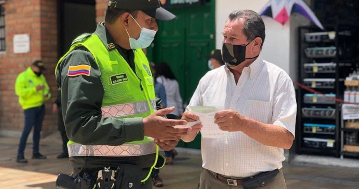 Policía Nacional lideró campaña de prevención del hurto en La Ceja