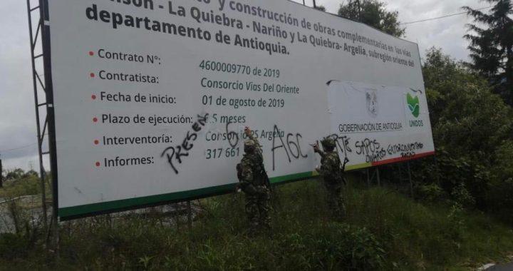 """Alarmas encendidas por aparentes grafitis del """"Clan del Golfo"""" en la autopista Medellín-Bogotá"""