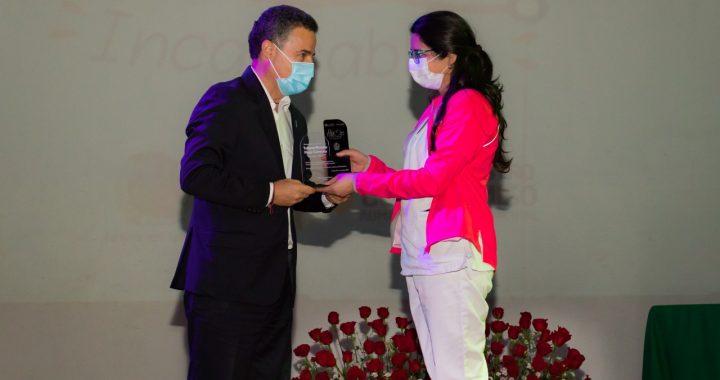 Personal médico de La Ceja fue homenajeado en evento que presenció el gobernador Aníbal Gaviria