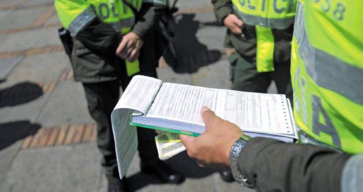 Cinco comparendos en La Ceja por infringir el toque de queda que inició el domingo
