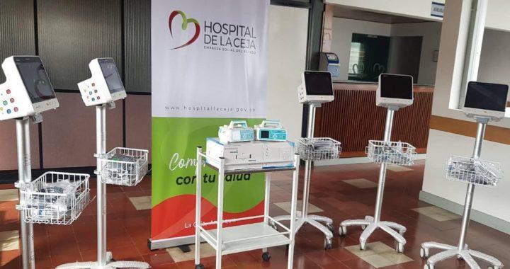 Cinco monitores de signos vitales y dos bombas de infusión recibió el Hospital de La Ceja