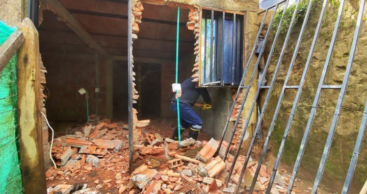 Fue demolida casa donde expendían alucinógenos y se planeaban delitos en Rionegro