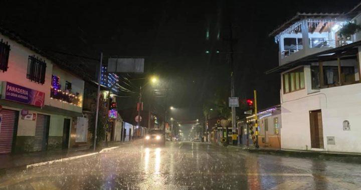 Gobernación de Antioquia amplió toque de queda hasta el domingo 3 de enero