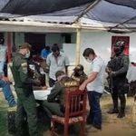 En El Carmen intervinieron una gallera clandestina donde departían más de 30 personas en pleno toque de queda