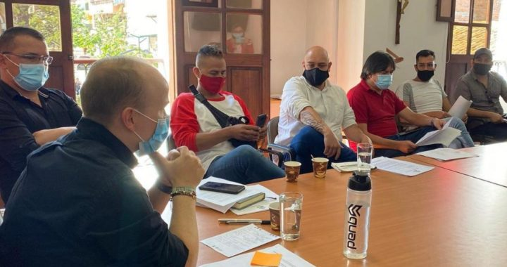 «Solicitamos respetuosamente que las reglas de juego no se nos cambien de un momento a otro»: Nelson Carmona, alcalde de La Ceja