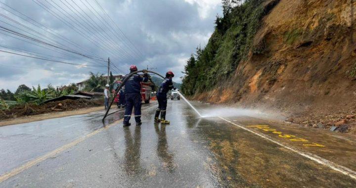 Tras el derrumbe y la remoción del material, Devimed ya habilitó la vía La Ceja- Medellín