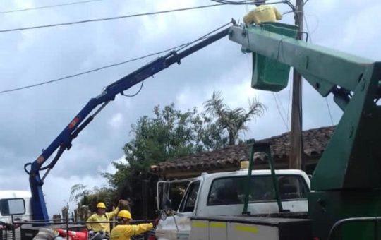 Ildetec instaló 20 nuevas luminarias de sodio en La Ceja