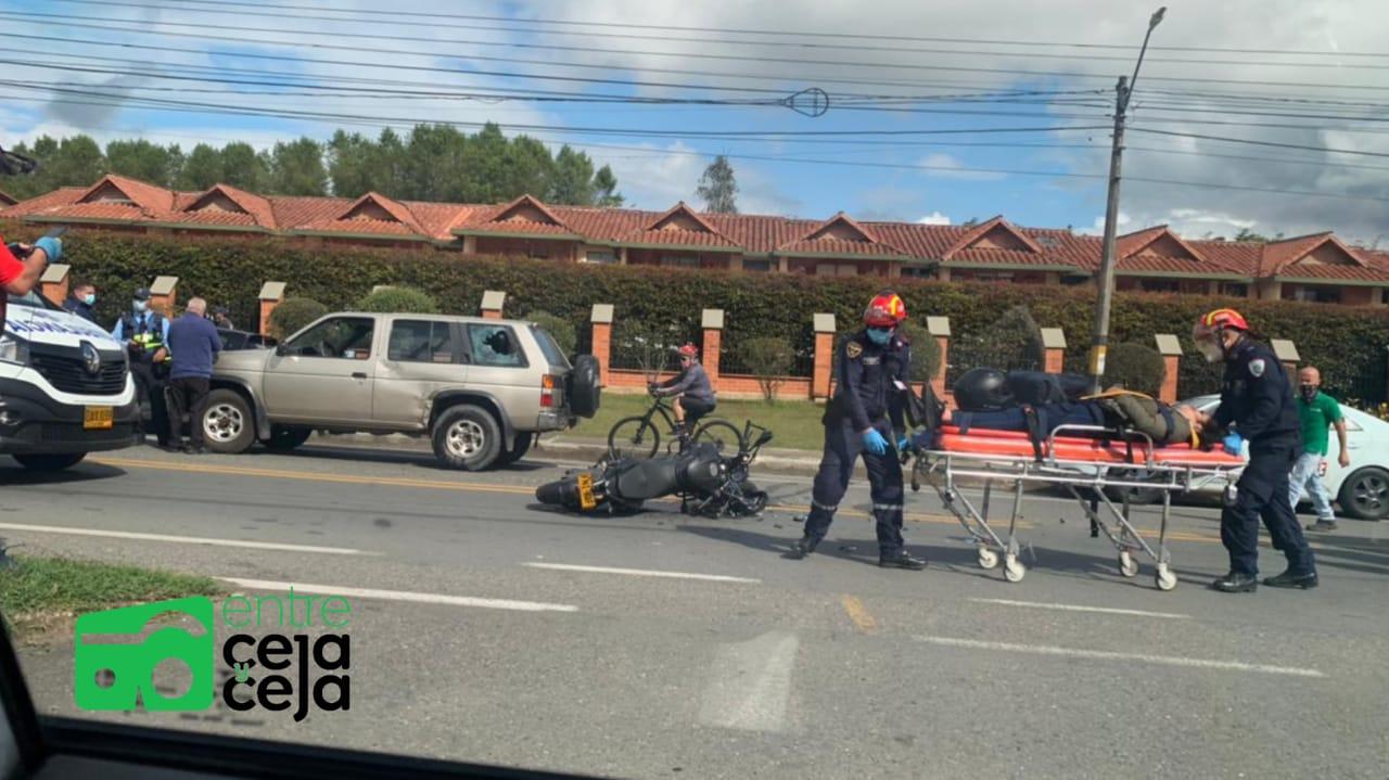 La Ceja: Una motociclista resultó gravemente herida