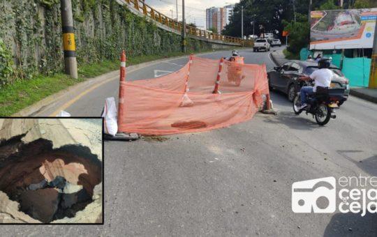 Cerrada la vía Las Palmas, reportan colapso en la movilidad.