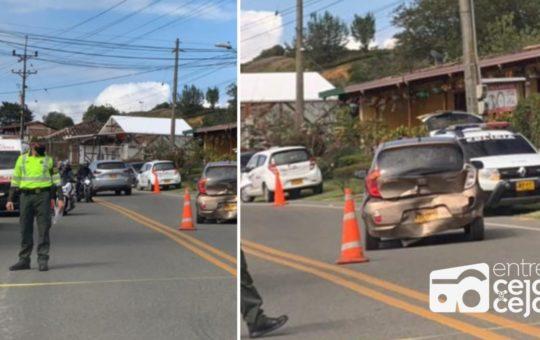 La Ceja: Choque en la vía hacia Rionegro, produjo fuertes trancones.