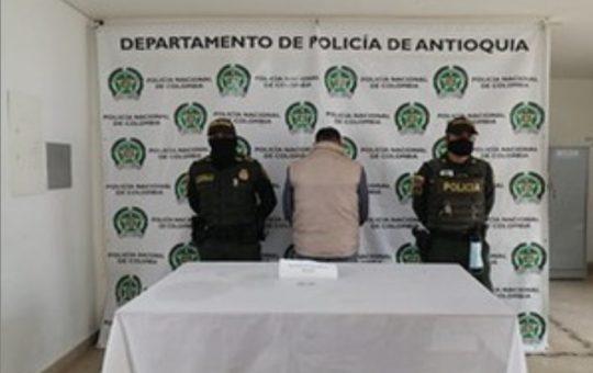 Dos personas fueron capturadas por orden judicial en La Ceja.