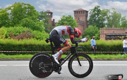 Gaviria dejó buenas sensaciones en la crono del Giro de Italia.