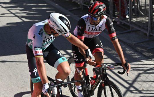 Gaviria, segundo en la etapa 10 del Giro.