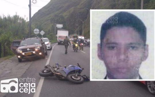 Tras chocar contra el separador, un motociclista falleció en la Medellín – Bogotá.