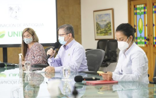 Toque de queda iniciará a la media noche y se acaba el Pico y Cédula en Antioquia.