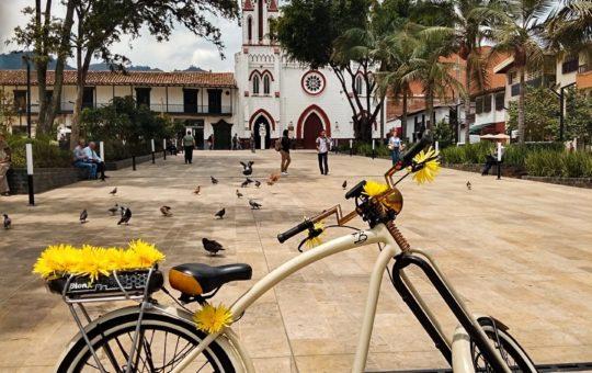 «La Bici,el gran orgullo de los Cejeños» – 3 de junio, Día mundial de la Bicicleta.