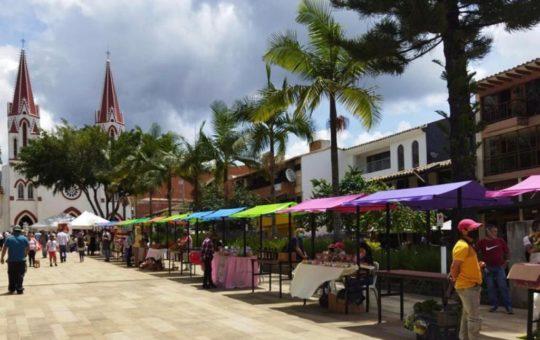 Tras aprobación del Concejo, los mercados campesinos de La Ceja quedaron institucionalizados