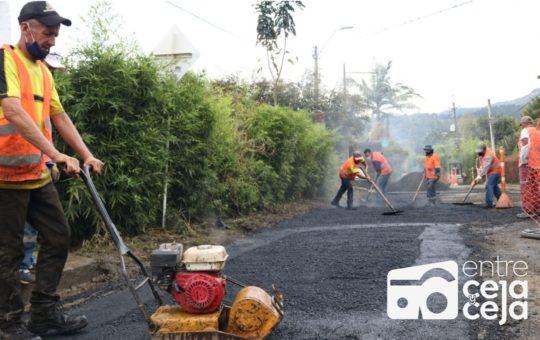 Inicia mantenimiento de vías en Rionegro.