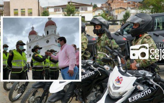 Aumenta pie de fuerza en Rionegro con llegada de Policías y entrega de parque automotor.