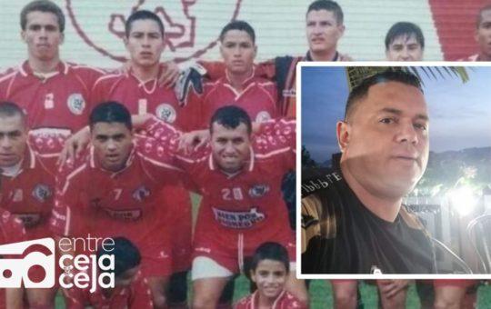 Carlos Sandoval ex futbolista Rionegrero y D.T de La Ceja fue internado de urgencia en una clínica.