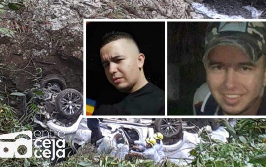 Grave accidente en Cocorná cobró la vida de un comerciante caleño y su conductor.