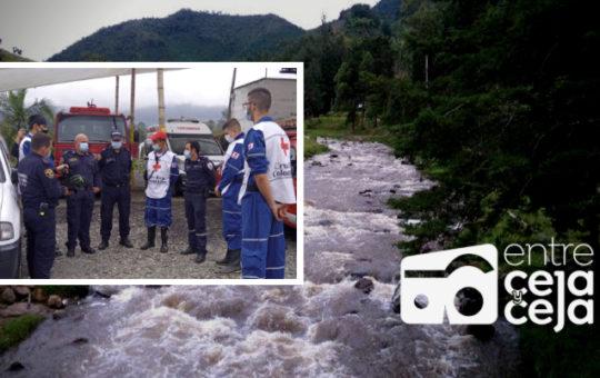 Última Hora: un hombre cayó al río Buey. Las autoridades se dirigen al sitio para realizar la búsqueda.
