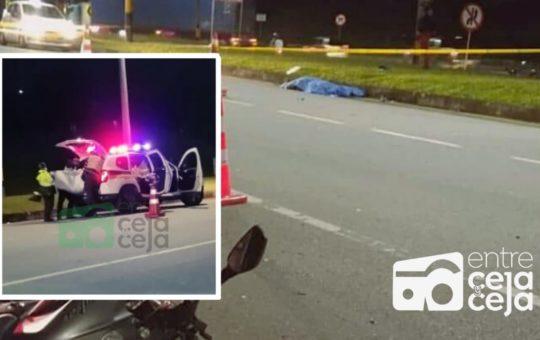 ¡Otro más! Nuevo accidente en la autopista le cobró la vida a un peatón.