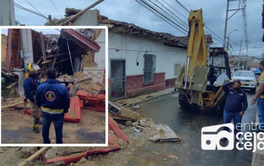 Rionegro: se desplomó casa en el Alto del Medio.